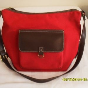 NEW RELIC PURSE/CROSS BODY BAG RED CANVAS